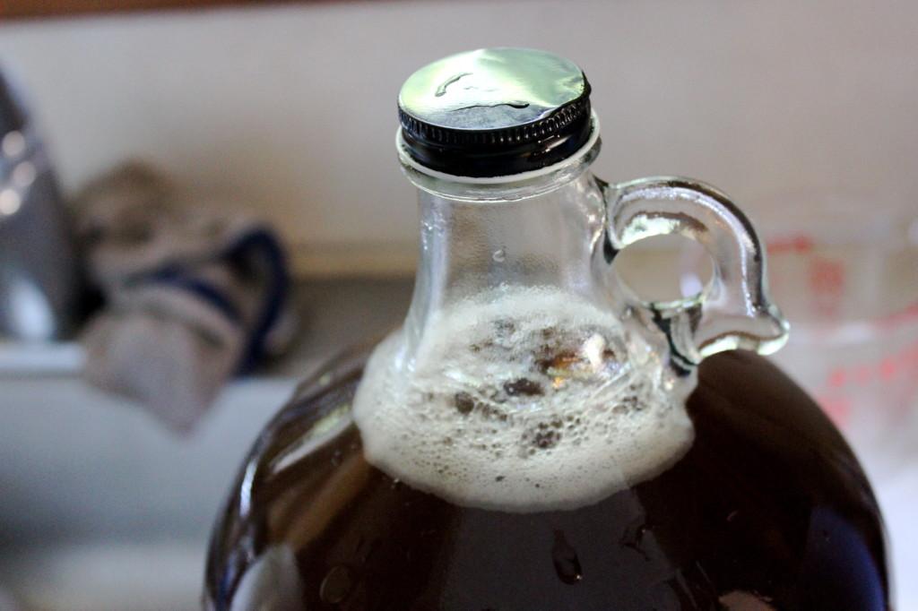 root beer jug