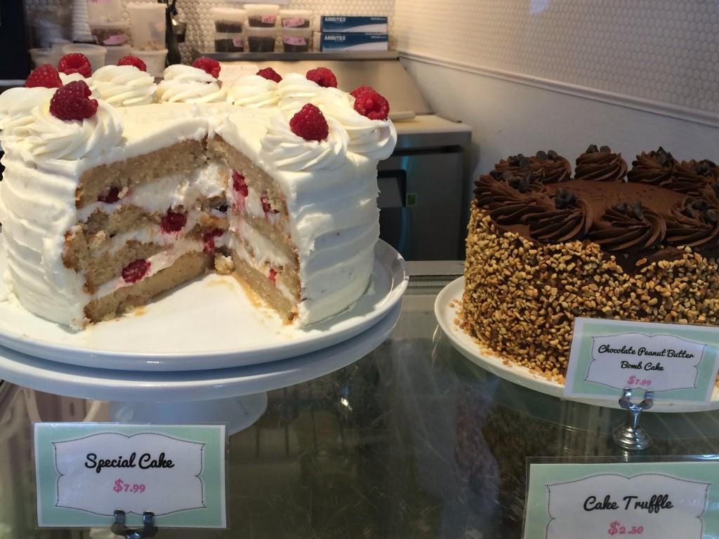 Petunia Cakes