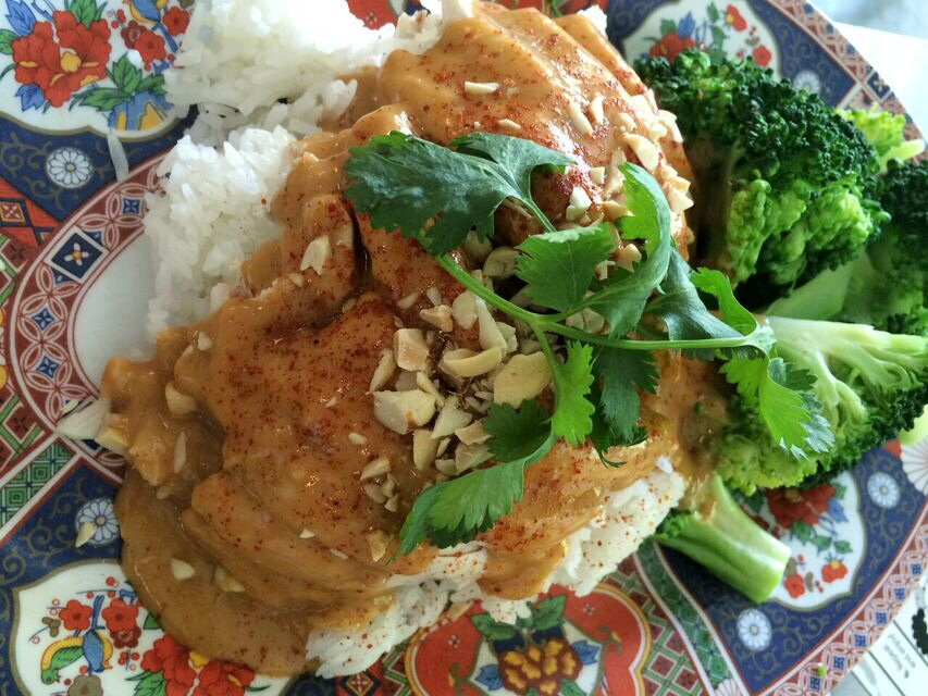 Nongs peanut chicken