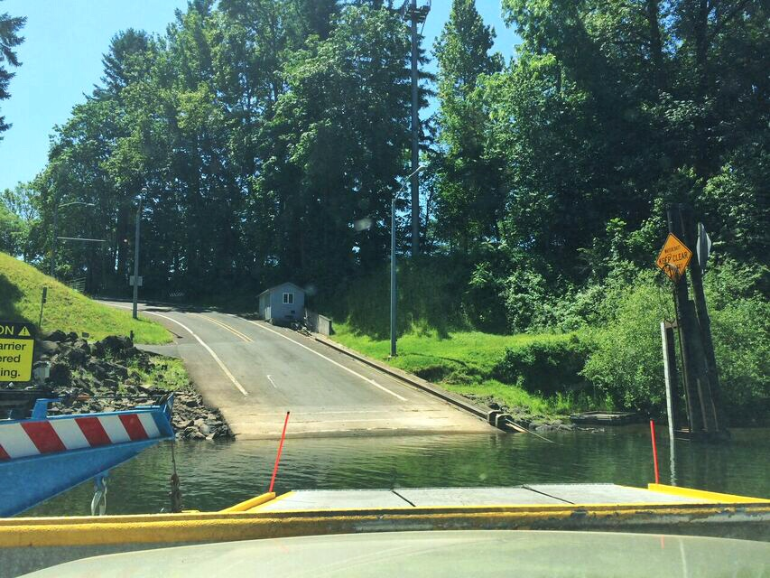 Canby ferry arrival