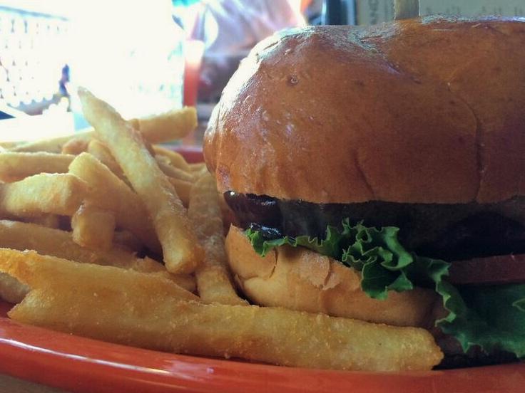 Island cafe burger