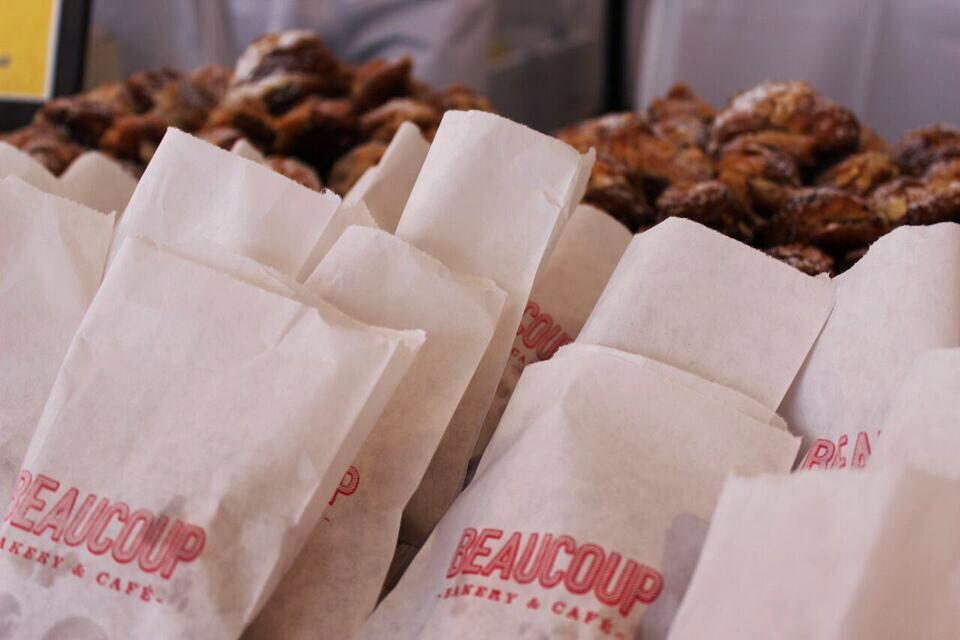 Brunch village croissant bags
