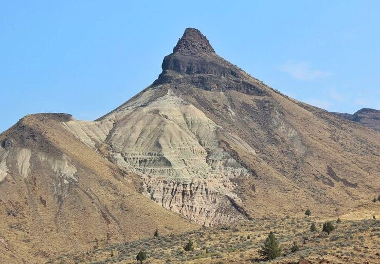 John day fossil peak