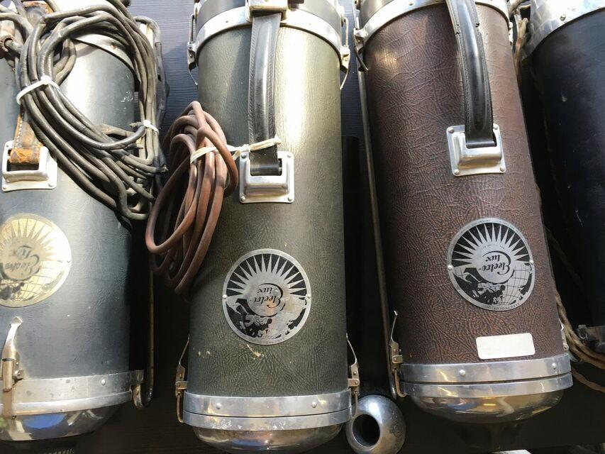 Vacuum Museum canisters