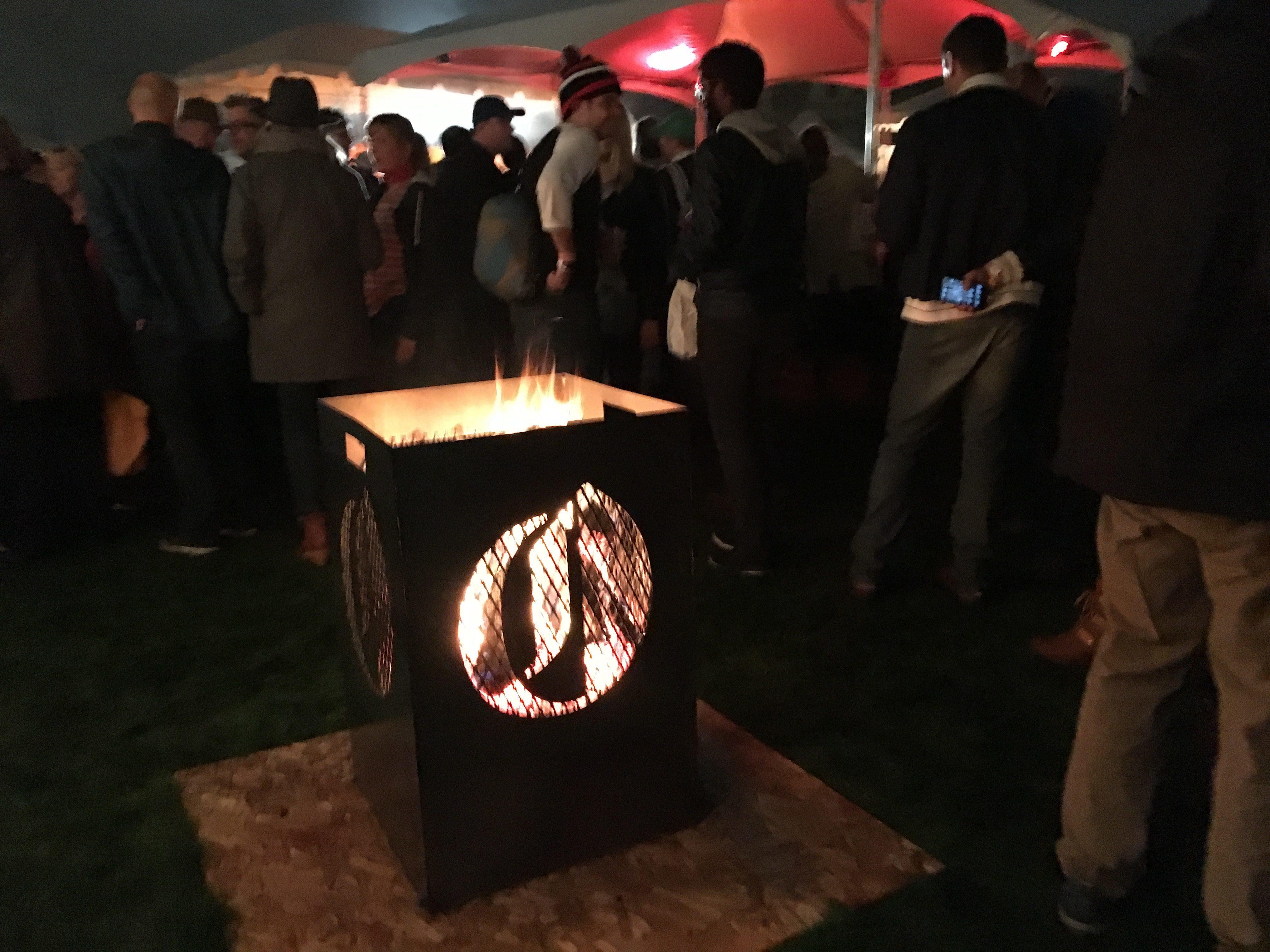smokes-oregonian-fire-pit