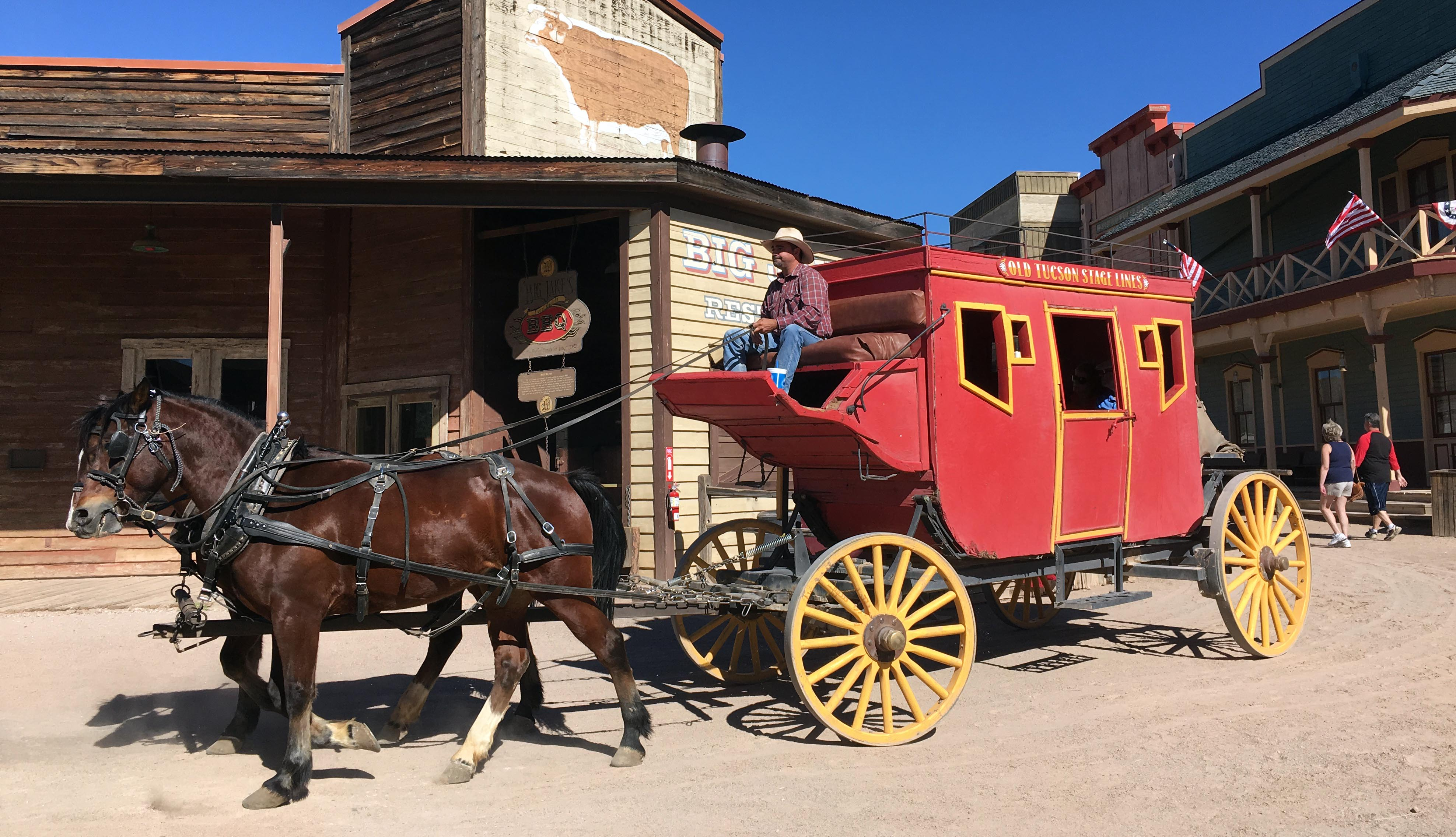 old-tuscon-stagecoach-in-town