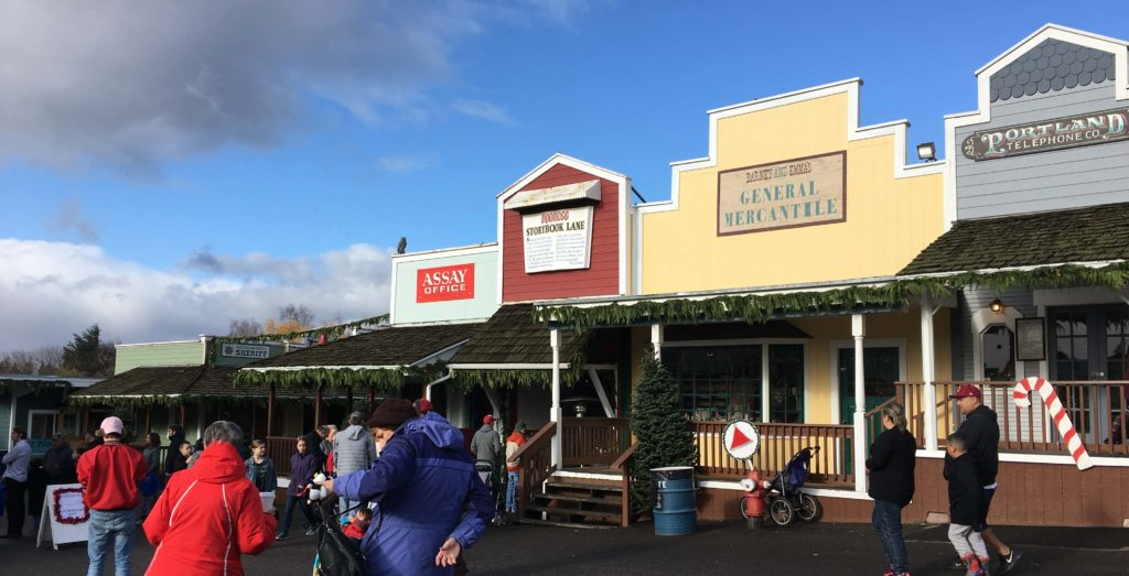 christmas-in-dairyville-main-street